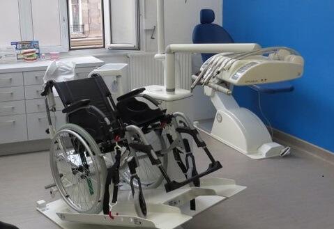 Consultation dentaire dédiée aux personnes en situation de handicap à Reims, Sedan et Charleville-Mézières